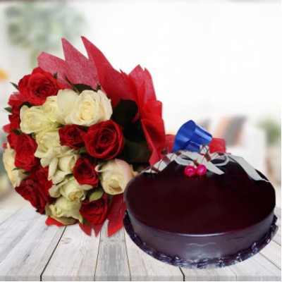 Chocolate Cake With 10 Mix Roses Combo